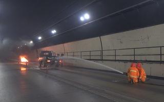 Diễn tập chữa cháy xe tải trong hầm Hải Vân