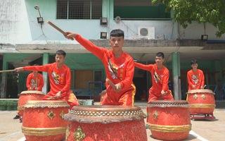 Những đứa trẻ sống tử tế nhờ múa Lân Sư Rồng