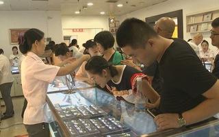 Giá vàng tăng – Người Trung Quốc đổ xô mua đầu tư