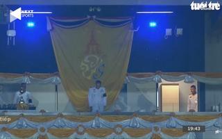 Độc đáo nghi lễ chào vua Thái Lan trước trận chung kết King's Cup