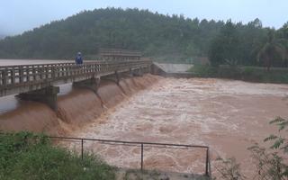 Nguy cơ vỡ đập thủy điện Đắk Kar, Bình Phước sơ tán khẩn cấp 200 hộ dân