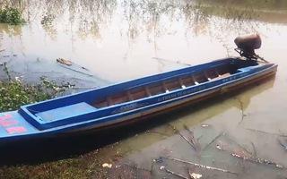Lật thuyền trên hồ thủy điện, một người mất tích, hai người may mắn thoát nạn