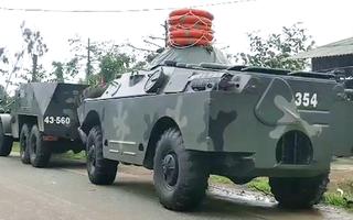 Video: 2 trực thăng và nhiều xe chuyên dụng được huy động tìm kiếm 30 người mất tích