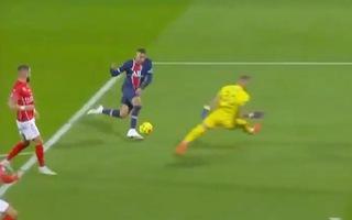 Video: Xem lại bàn thắng của Mbappe rê bóng qua thủ môn bằng pha giả sút