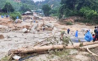 Video: 11 người mất tích vì sạt lở núi tại Phước Sơn, Quảng Nam