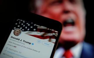 Video: Tổng thống Trump bị Twitter cảnh báo vì chia sẻ video 'gian lận bầu cử'