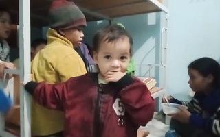 Video: Nguy cơ sạt lở núi, lũ quét, người dân Trà Leng sơ tán trong đêm