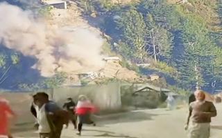 Video: Đấu pháo dữ dội ở biên giới Ấn Độ - Pakistan, hàng trăm người dân tháo chạy