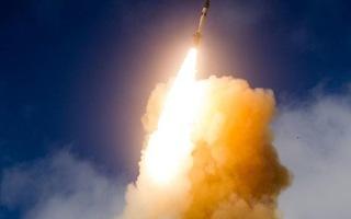 Video: Mỹ lần đầu đánh chặn tên lửa xuyên lục địa