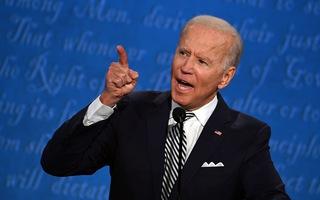 Video: Ông Biden nói ông Trump 'vô trách nhiệm', dọa đâm đơn kiện chính quyền ông Trump