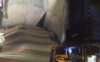 Video: Hiện trường công nhân rơi từ tầng 13 công trình chung cư tử vong