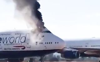 Video: Máy bay Boeing 747 bốc cháy tại sân bay ở Tây Ban Nha