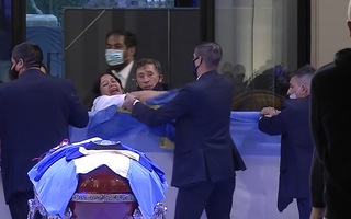 Video: Luật sư chỉ trích lực lượng y tế chậm trễ và 'ngu ngốc' dẫn đến cái chết của Maradona