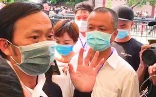 Video: Phỏng vấn nghệ sĩ Hoài Linh về việc tổ chức lễ tang cho cố nghệ sĩ Chí Tài