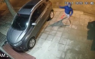 Video: Triệu tập 3 nghi phạm ném chất bẩn vào nhà phóng viên ở Thanh Hóa để làm rõ vụ việc