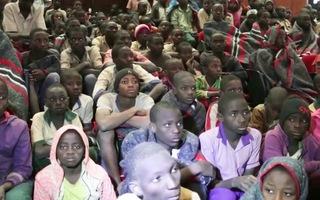 Video: Hơn 300 học sinh trở về nhà sau khi bị bắt cóc ở Nigeria