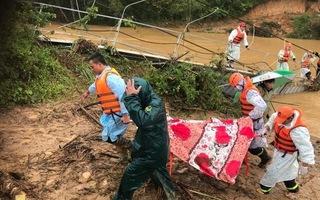 Video: Tìm thấy thi thể nữ du khách thứ 2 bị lũ cuốn ở Lâm Đồng
