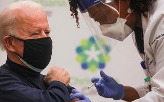 Video: Ông Joe Biden vui mừng vì được tiêm vắc xin ngừa COVID-19