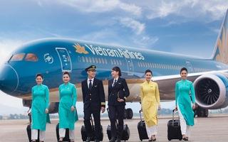 Video: Tiếp viên hàng không Vietnam Airlines đồng loạt đăng bài xin lỗi trên mạng xã hội