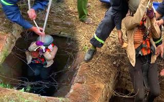 Video: Đu dây giải cứu người phụ nữ ngã xuống giếng hoang sâu 15m
