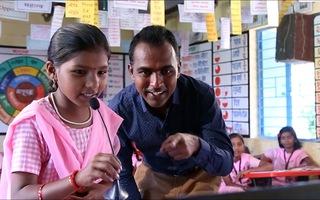 Video: Đạt giải giáo viên toàn cầu, thầy giáo chia giải thưởng 1 triệu USD cho 9 người khác