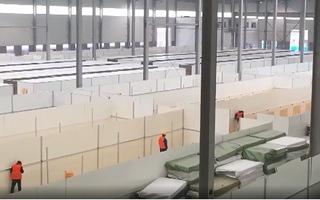 Video: Biến nhiều nhà máy thành bệnh viện dã chiến quy mô 3700 giường ở Vũ Hán