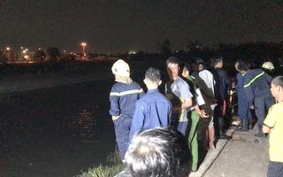 Video: Đi câu cá đêm, 2 học sinh lớp 6 trượt chân xuống kênh tử vong