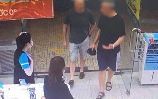 Video: Nữ nhân viên siêu thị Điện Máy Xanh ở Đà Nẵng là ca nhiễm virus thứ 35