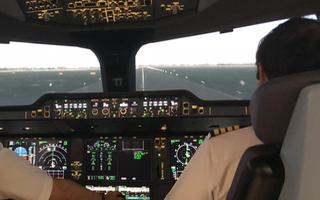 Video: 1 phi công Vietnam Airlines, 2 du học sinh và 1 thực tập sinh nhiễm COVID-19