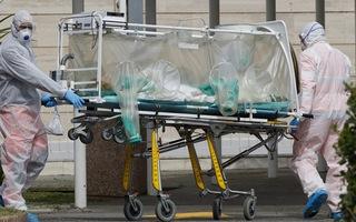 Video: Số người chết do COVID-19 ở Italy tăng cao kỷ lục, vượt Trung Quốc