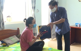 Video: Thứ trưởng Bộ Y tế đến thăm khu cách ly tập trung tại Đắk Lắk