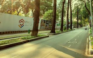 Video: Sài Gòn, những con phố yên bình giữa mùa dịch COVID-19