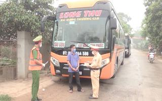 Video: Thanh Hóa xử lý 3 xe khách không chấp hành về phòng, chống dịch COVID-19