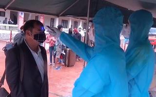 Video: 700 người từ Bệnh viện Bạch Mai về đều âm tính với COVID-19