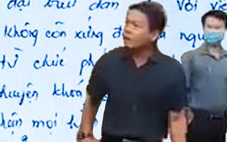 Video: Phó chủ tịch HĐND huyện Hớn Quản viết thư tay xin từ chức