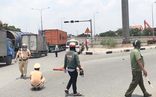 Video: Truy tìm ôtô cán chết nữ lao công rồi bỏ chạy