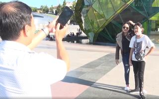 Video: Nới lỏng giãn cách xã hội, du khách đến Đà Lạt tăng mạnh