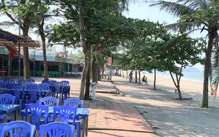 Video: Biển Cửa Lò mở cửa nhưng khách vẫn còn đìu hiu