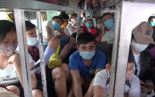 Video: Xử phạt xe khách 51 triệu đồng vì chở quá số người quy định