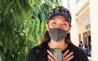 Video: Siêu mẫu Võ Hoàng Yến cảm động rời khu vực cách ly