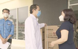 Video: Tặng máy lọc nước và 1000 bộ test kit thử Sars-Cov-2 cho Sở Y tế TP.HCM