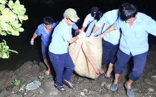 Video: Tìm thấy thi thể học sinh lớp 8 chết đuối khi tắm sông Sài Gòn
