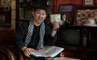 Thú vị chuyện Sài Gòn từ những món đồ cổ trăm năm