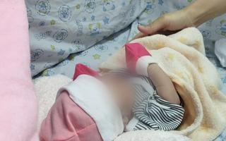 Video: Sản phụ bỏ rơi con sau 1 ngày sinh tại bệnh viện quận Tân Phú