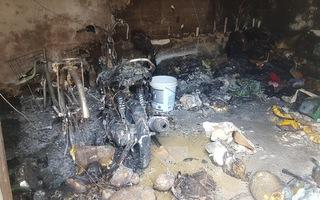 Video: Nghi phóng hỏa nhà trọ làm 3 người chết ở quận Bình Tân, TP.HCM