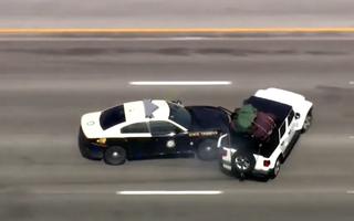 Video: Truy đuổi tội phạm như phim hành động trên cao tốc