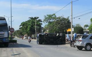 Video: 3 xe tông nhau liên hoàn giữa đại lộ