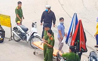 Video: Nghi phạm đâm chết người ở cổng bến xe An Sương đầu thú