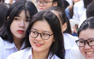 Video: Báo Tuổi Trẻ tư vấn tuyển sinh ở TP.HCM, Hà Nội, Đà Nẵng
