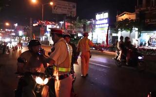 Video: Phát hiện nhiều tài xế vượt nồng độ cồn, 2 trường hợp dương tính với ma túy